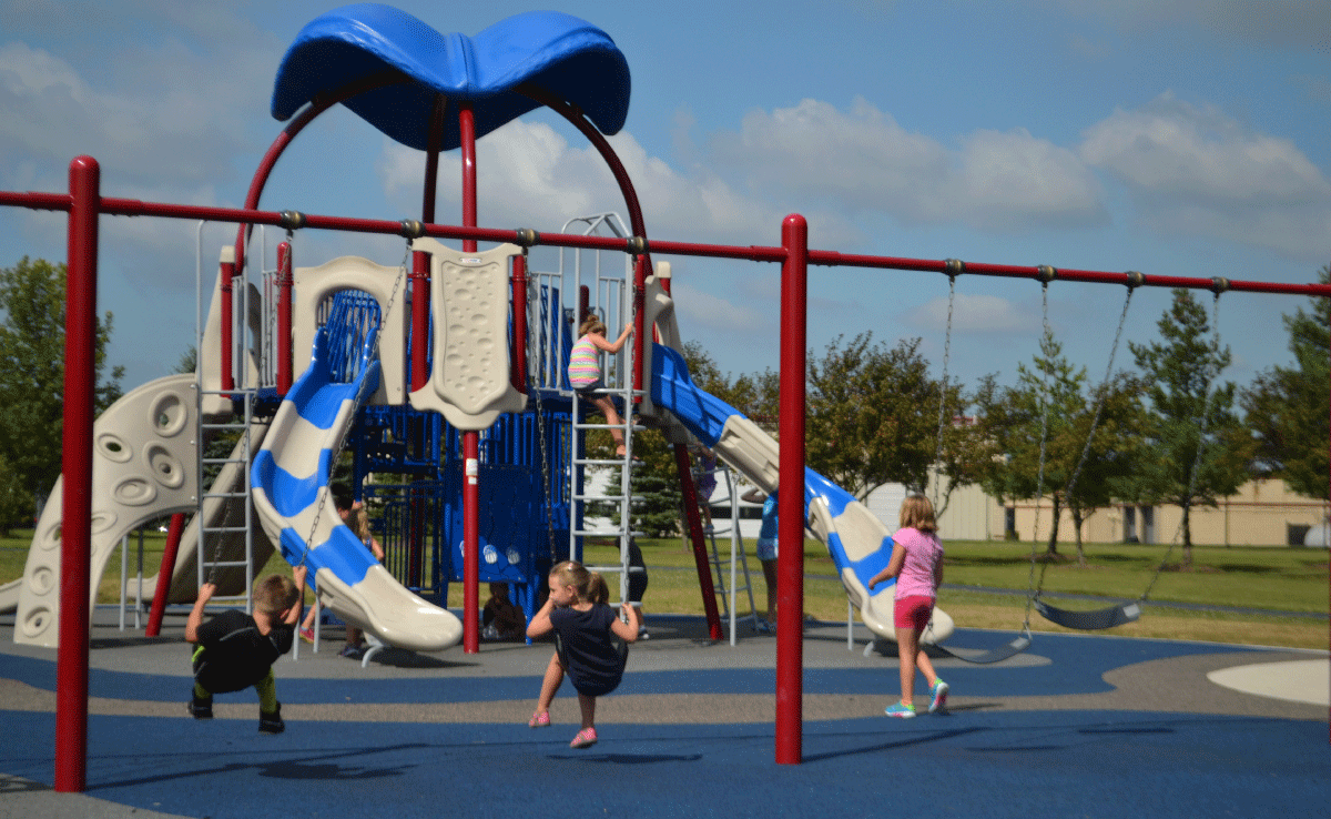 Upland Design - Engstrom Park Playground - Swings